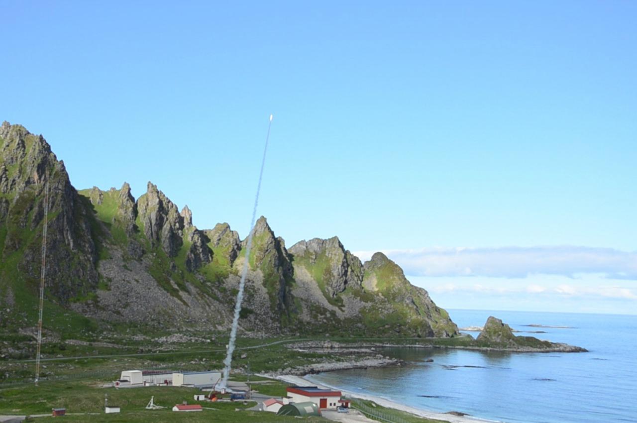 Obr.1: Raketová strelnica Andoya Space Center
