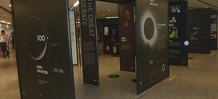 Výstava Above and Beyond v Prírodovednom múzeu v Bratislave