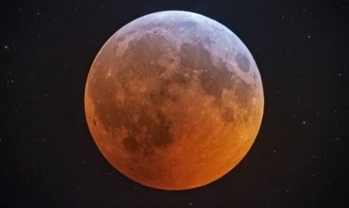 Čiastočné zatmenie Mesiaca už zajtra!